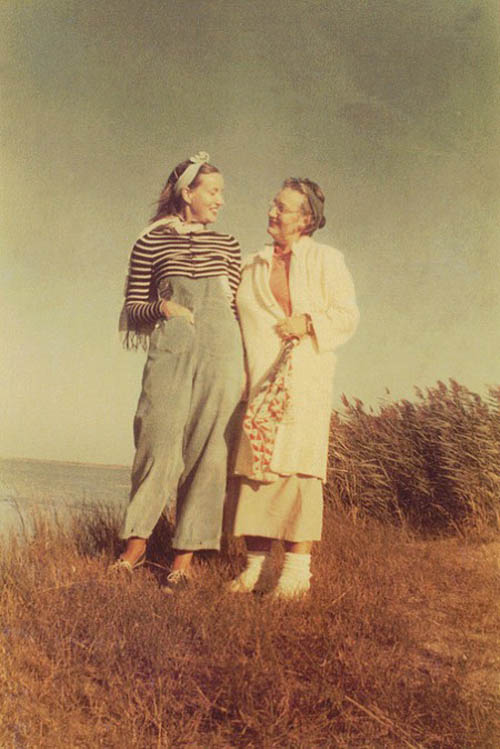 large_grey_gardens_edith_beale_book_06-450x674
